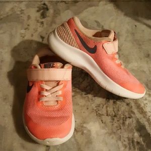 Nike girls size 11 pink velcro tennis shoes